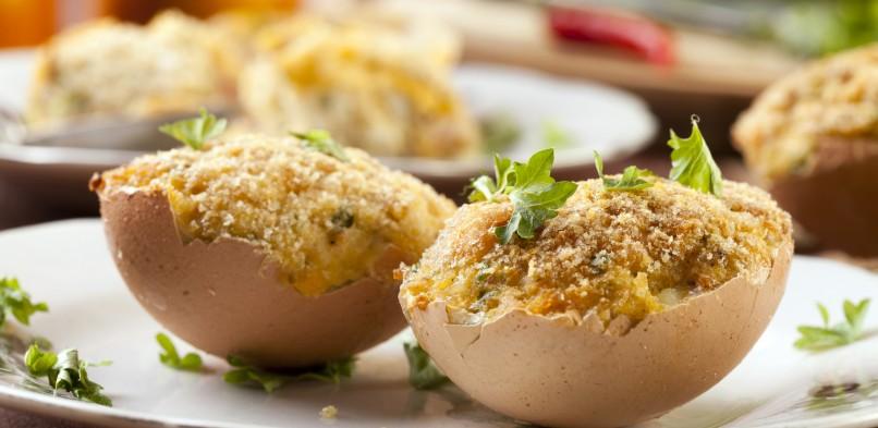 Faszerowane jajka w skorupkach